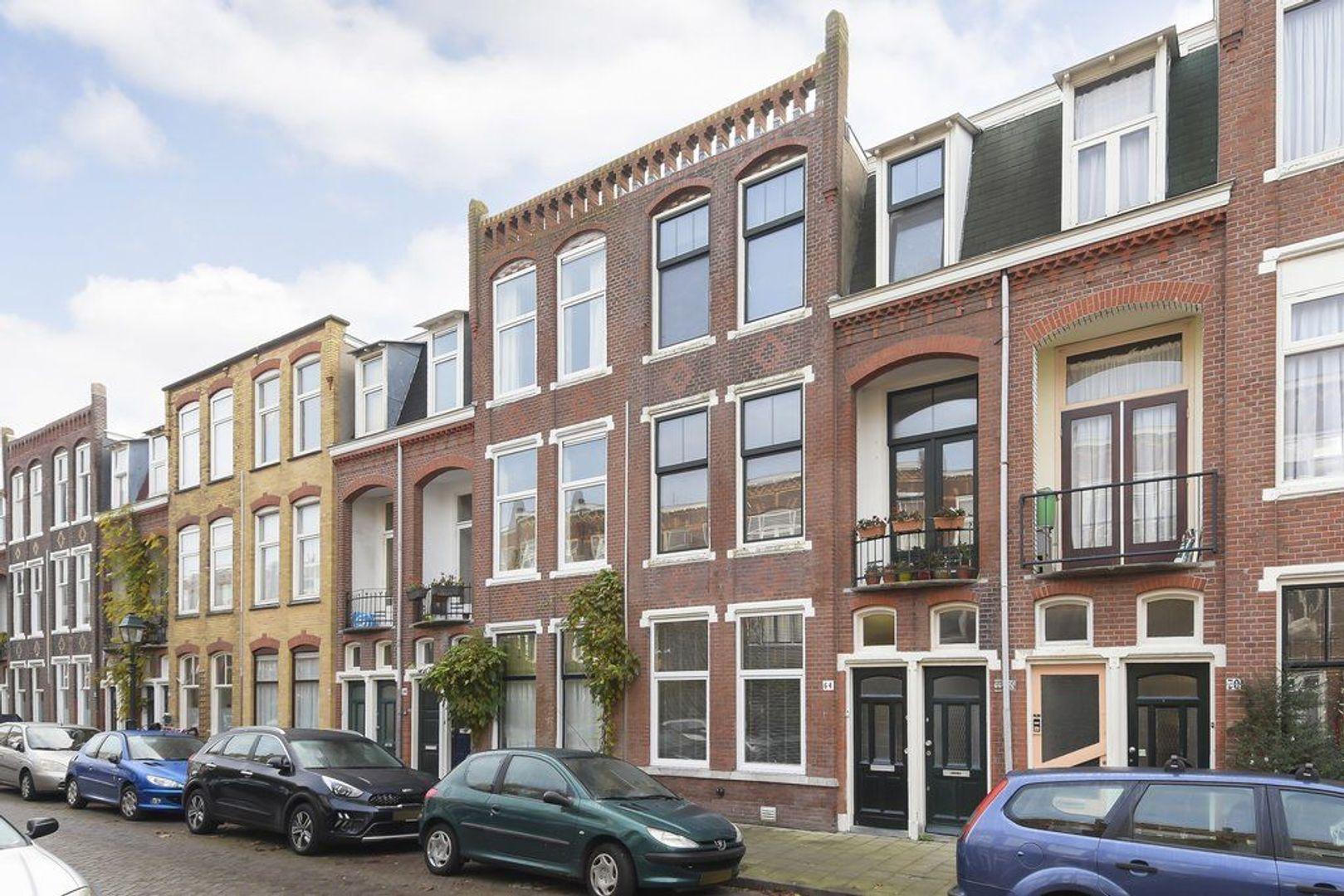 Fultonstraat 64, Den Haag foto-1 blur