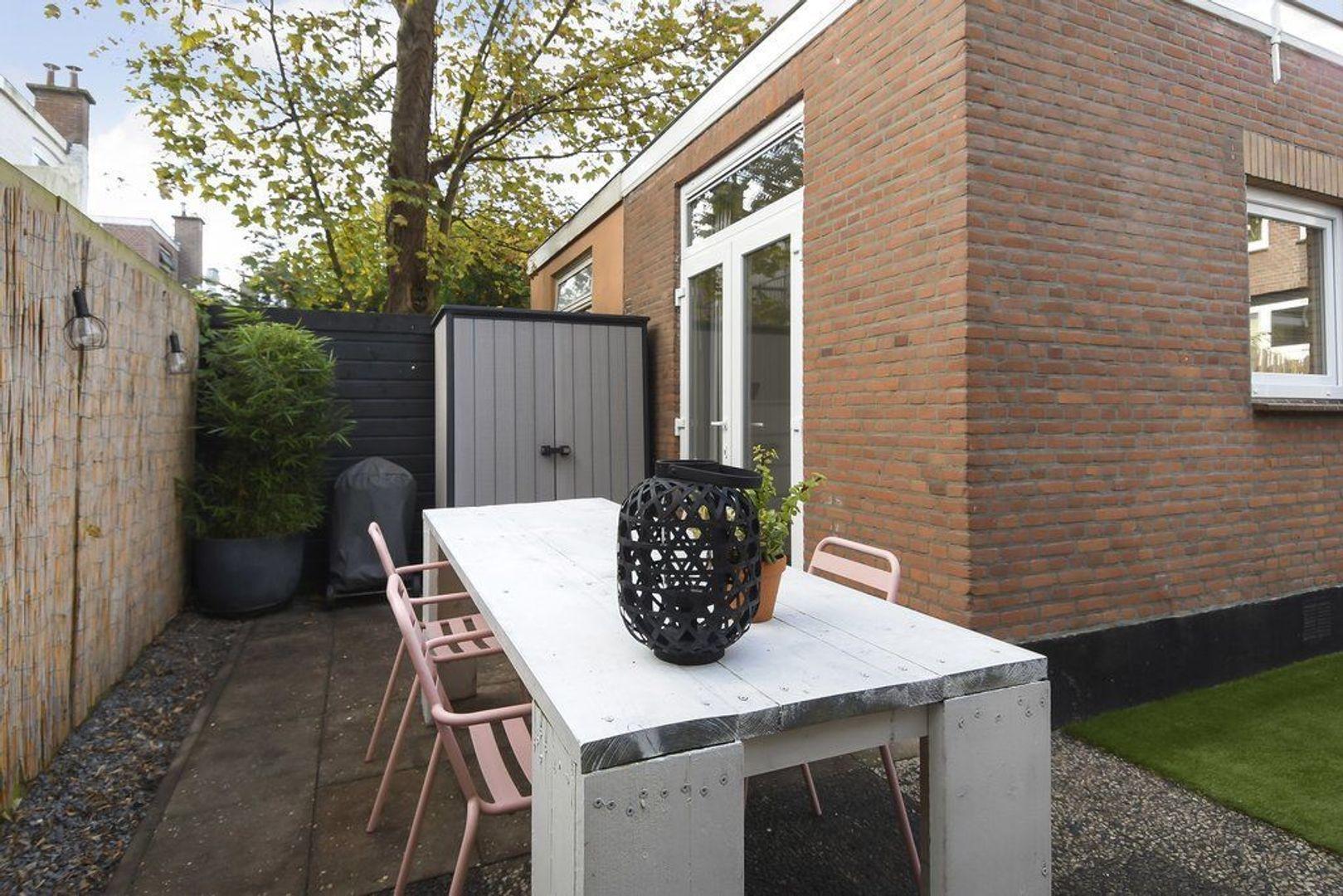 Fultonstraat 64, Den Haag foto-39 blur