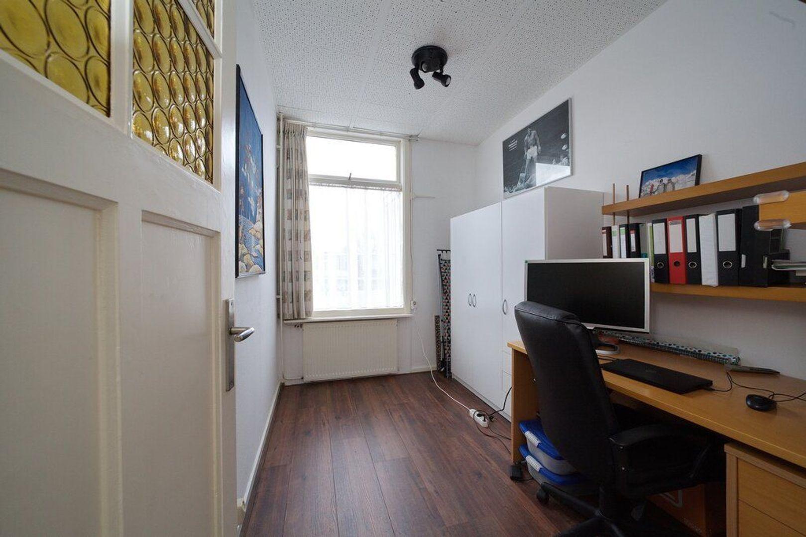 van Egmondestraat 46, Voorburg foto-14 blur