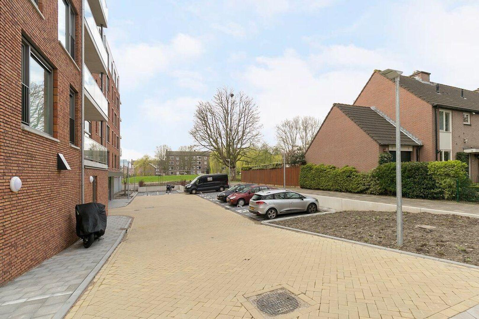 van Vollenhovenlaan 62, Rijswijk foto-23 blur