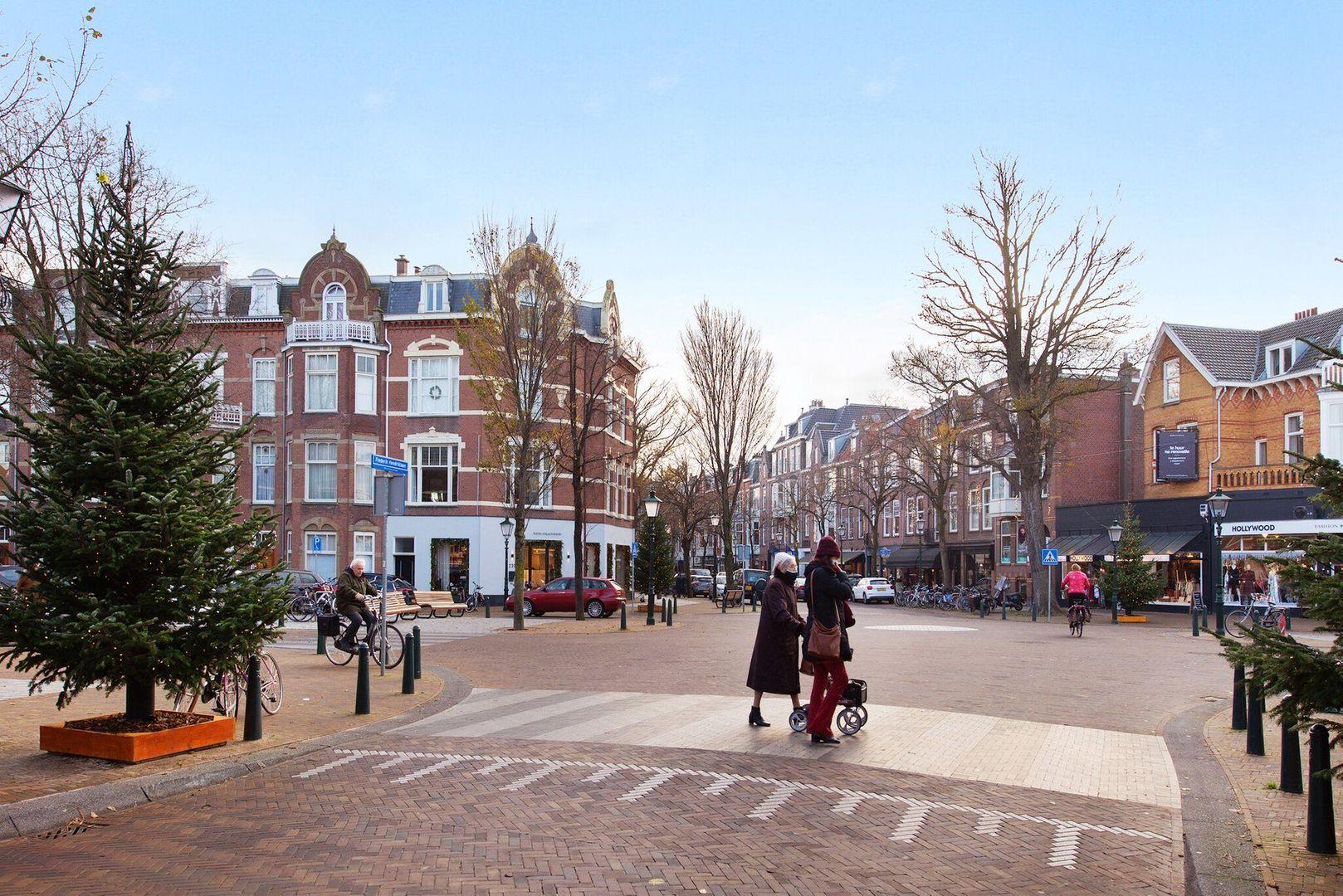 Van Loostraat 144, Den Haag foto-32 blur