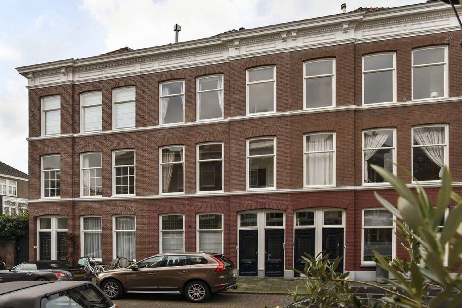 Lombokstraat 8, Den Haag foto-0 blur