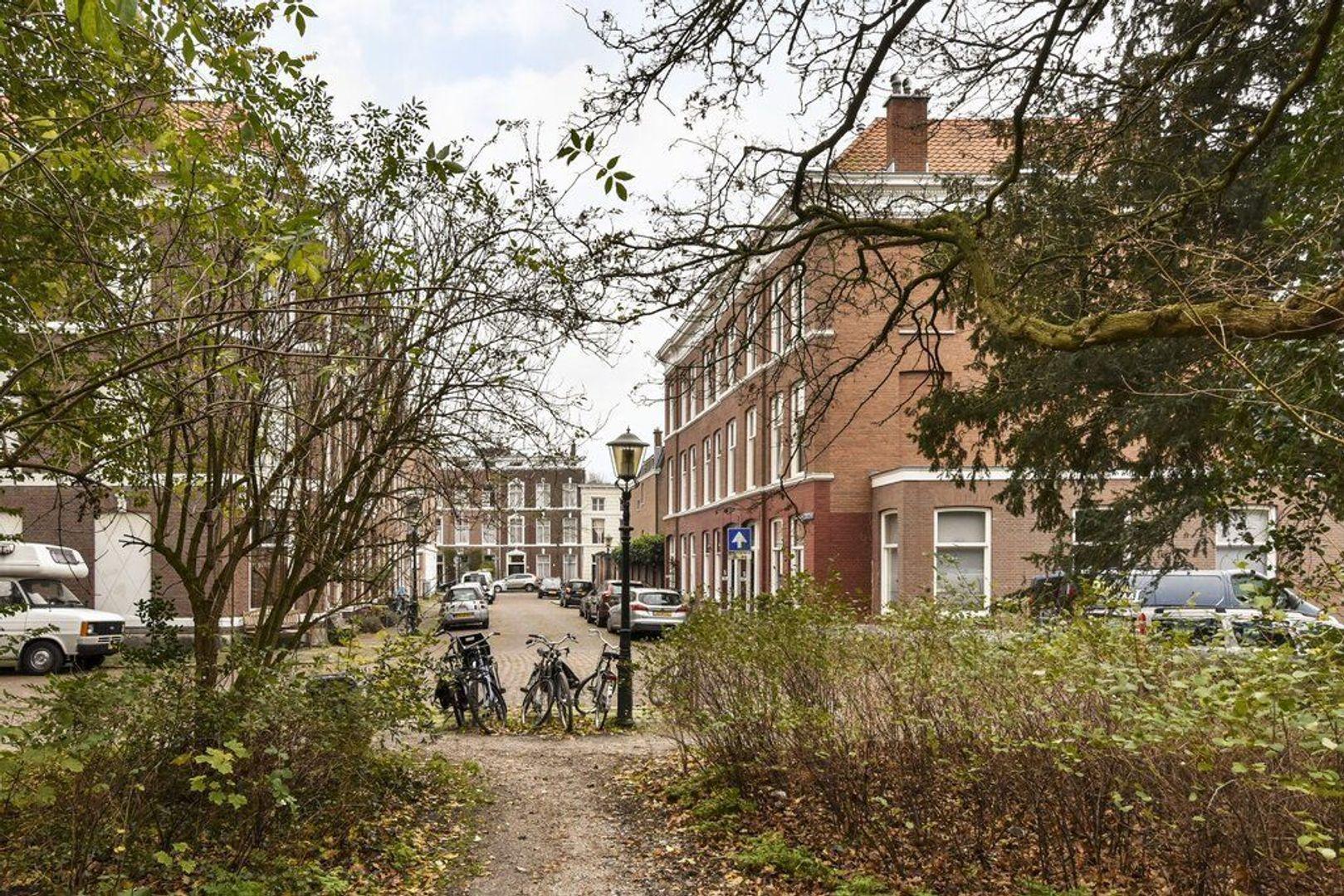 Lombokstraat 8, Den Haag foto-1 blur
