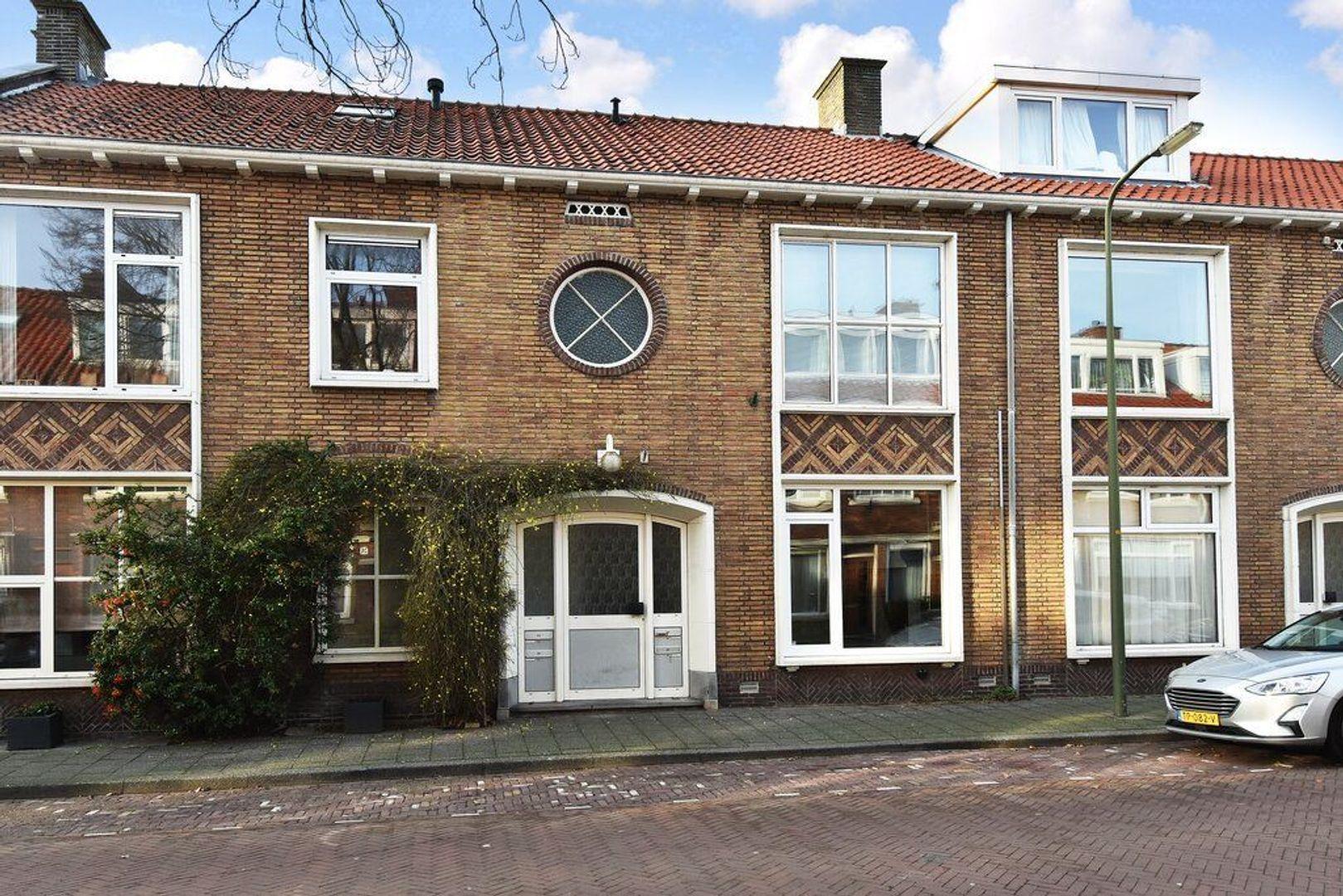 Maarsbergenstraat 87, Den Haag foto-1 blur
