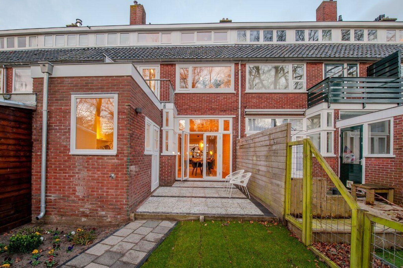 Van Zuylen van Nijeveltstraat 269, Wassenaar foto-21 blur