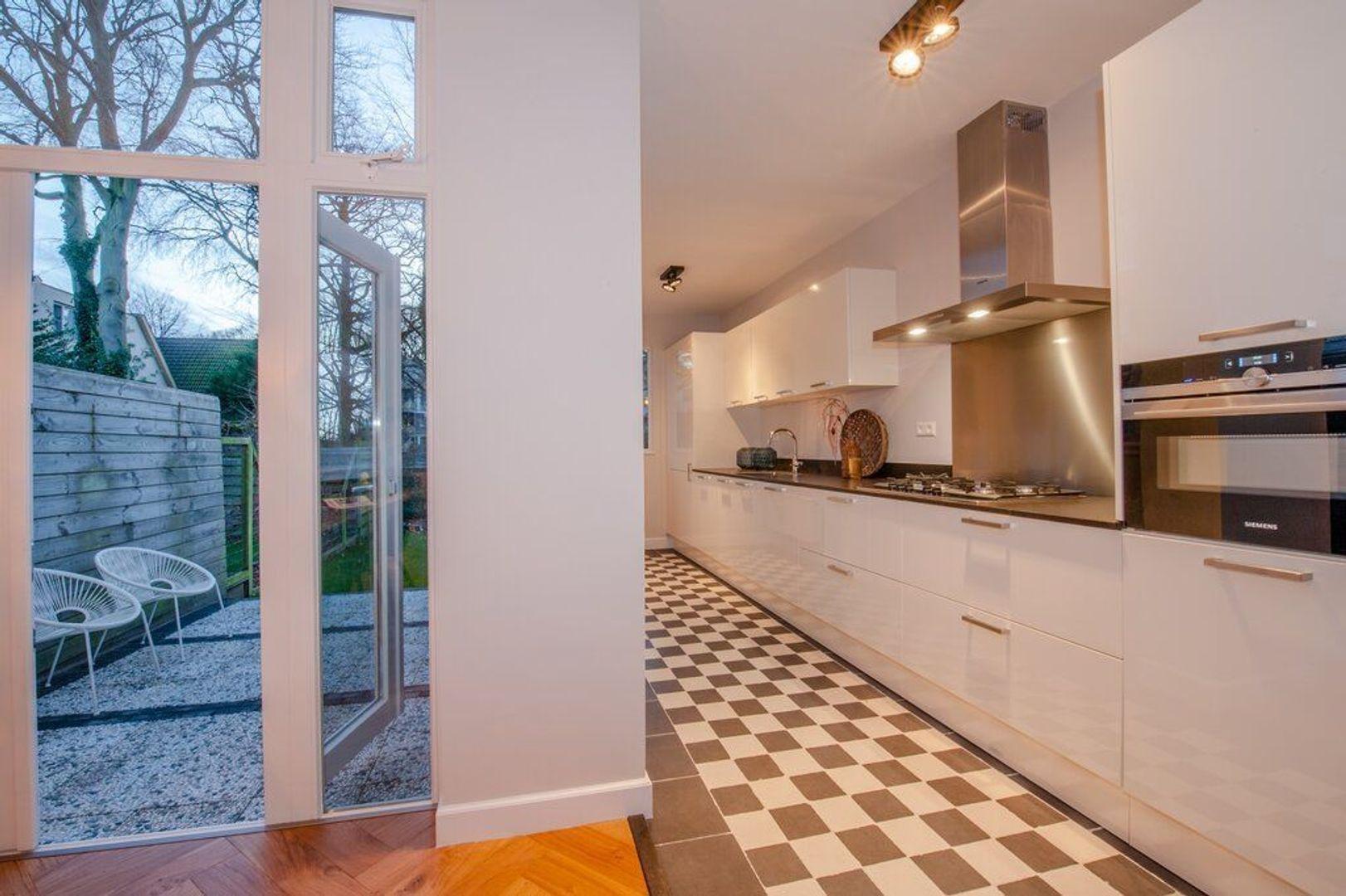 Van Zuylen van Nijeveltstraat 269, Wassenaar foto-18 blur