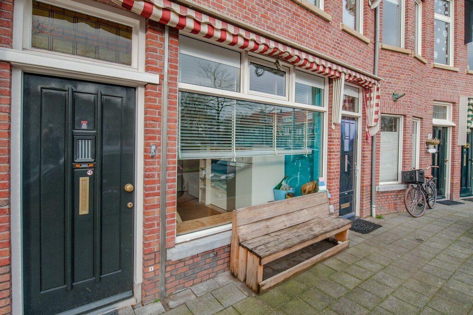 Mezenlaan 65, Den Haag foto-2 blur