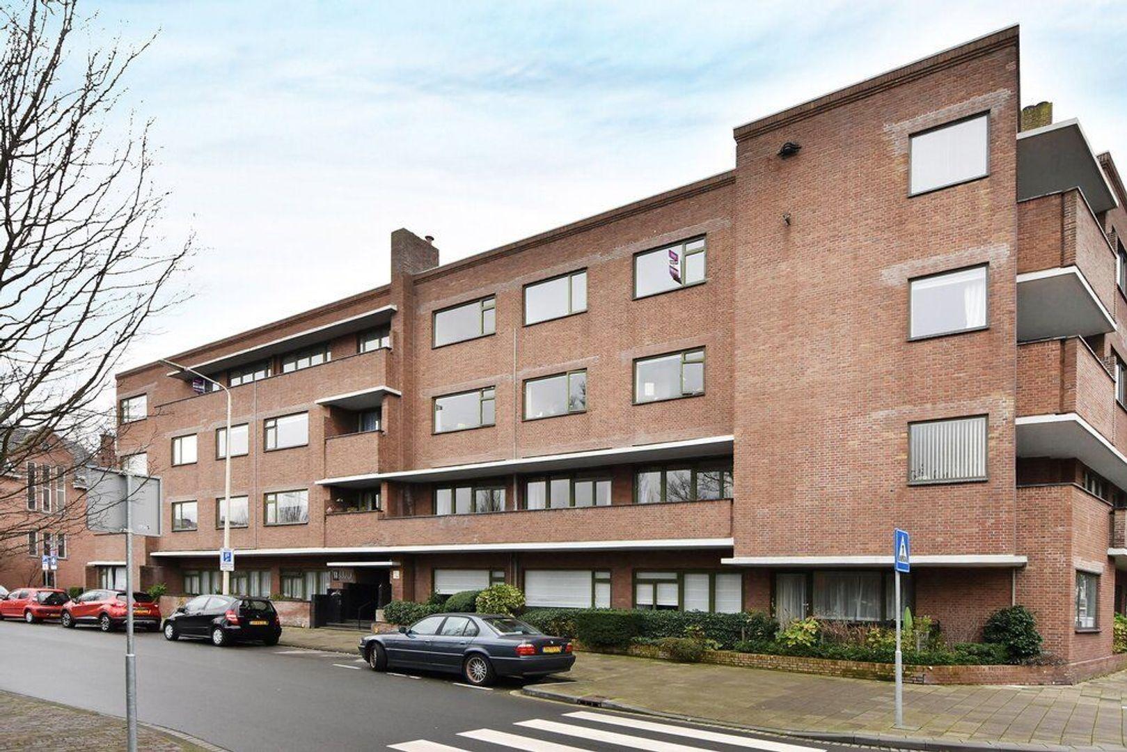 Jozef Israelsplein 16, Den Haag foto-2 blur