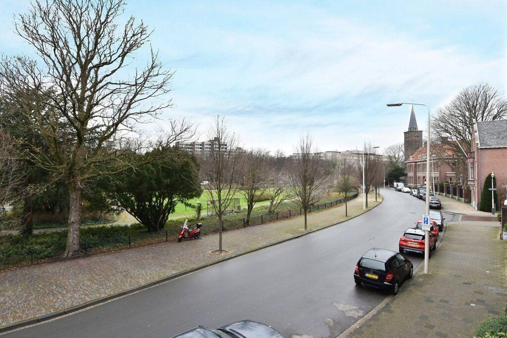 Jozef Israelsplein 16, Den Haag foto-10 blur