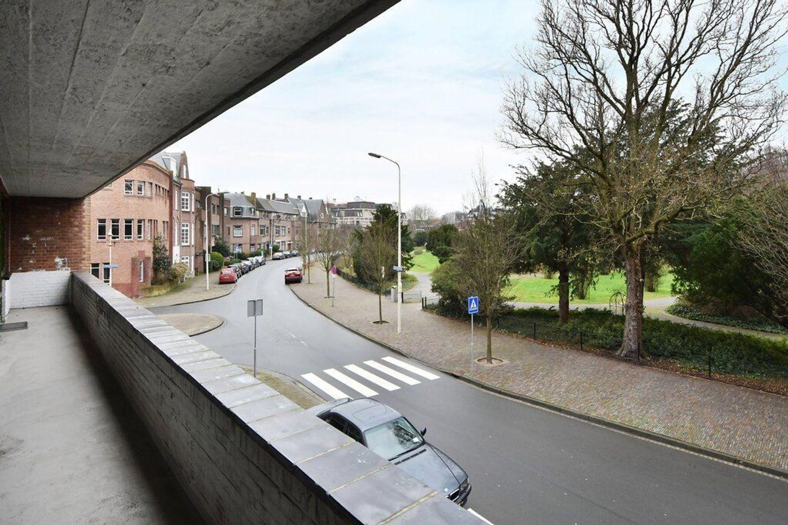 Jozef Israelsplein 16, Den Haag foto-12 blur