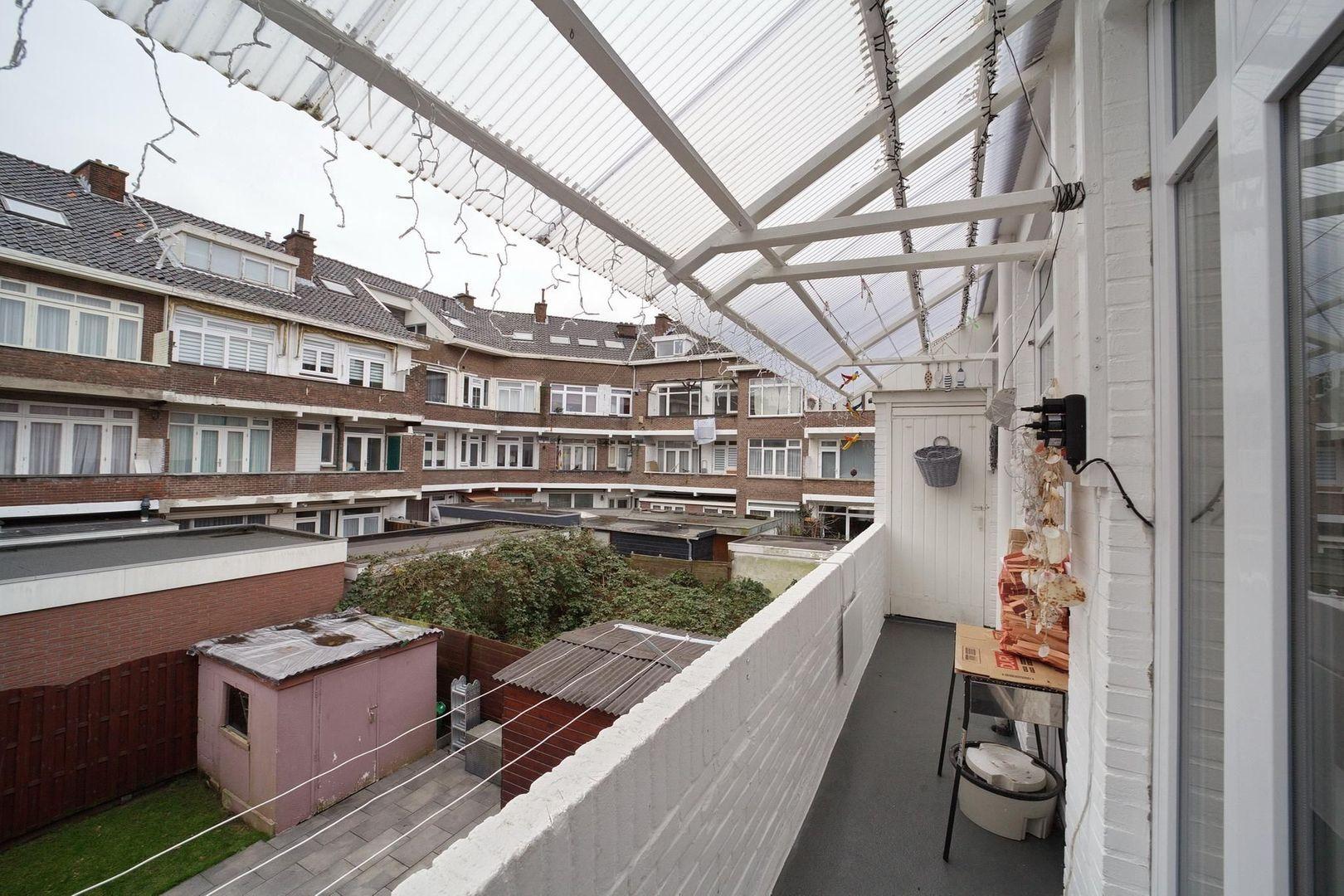 Bragastraat 152, Den Haag foto-9 blur