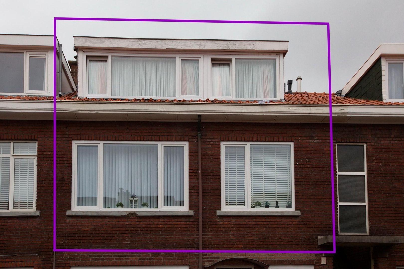 Bragastraat 152, Den Haag foto-1 blur