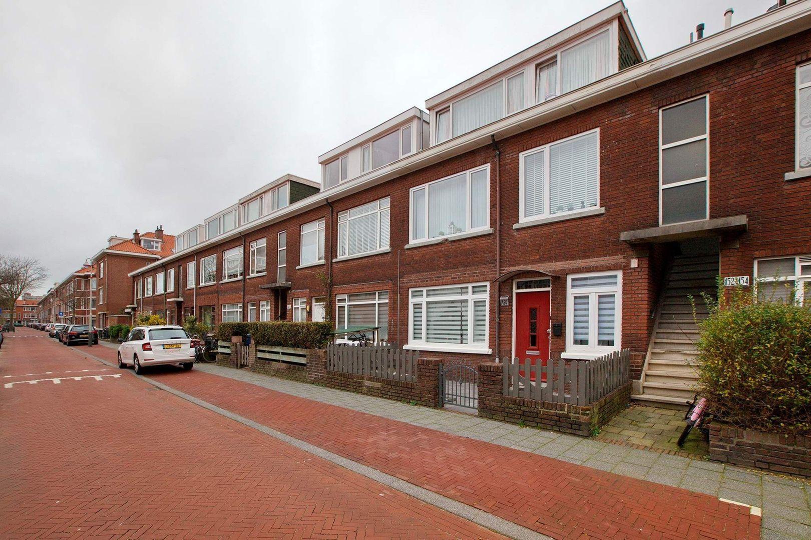 Bragastraat 152, Den Haag foto-34 blur