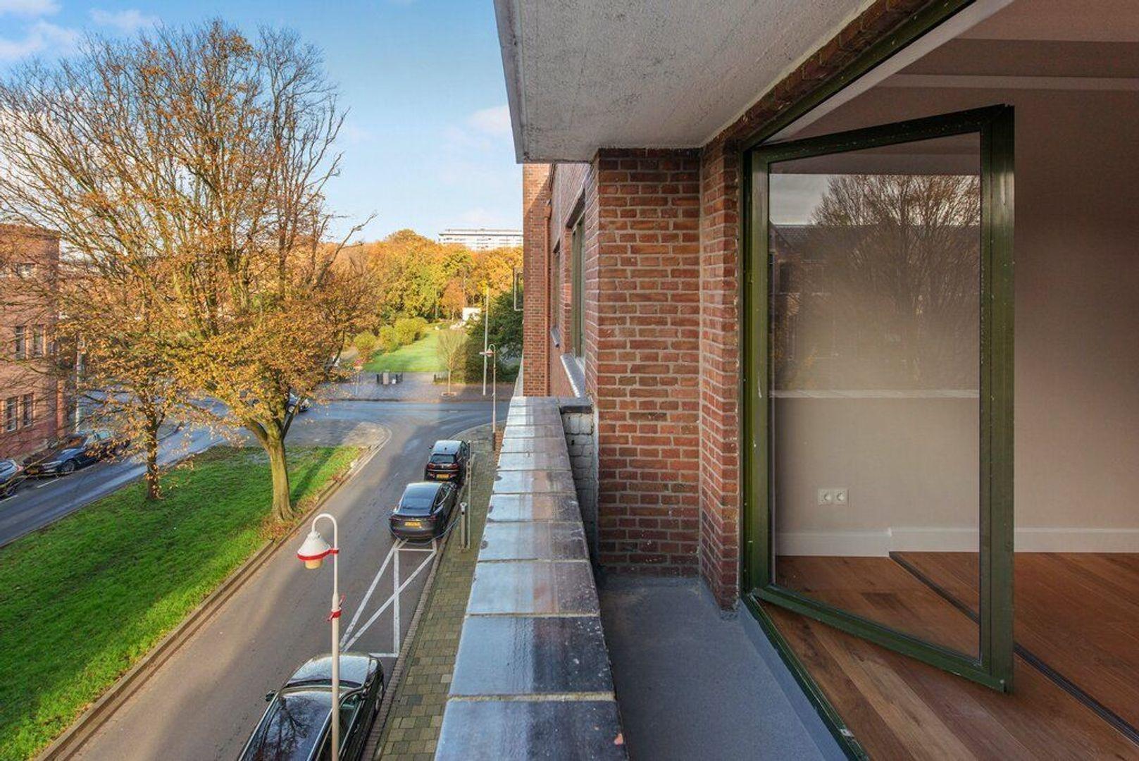 Jozef Israelsplein 25, Den Haag foto-36 blur