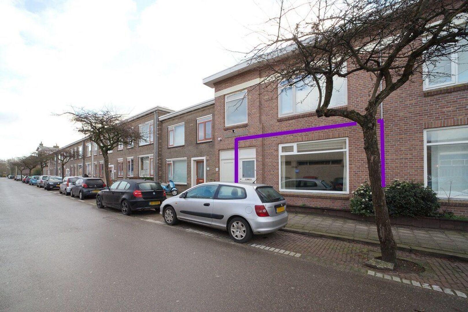 Burgemeester van der Veldestraat 34, Den Haag foto-24 blur