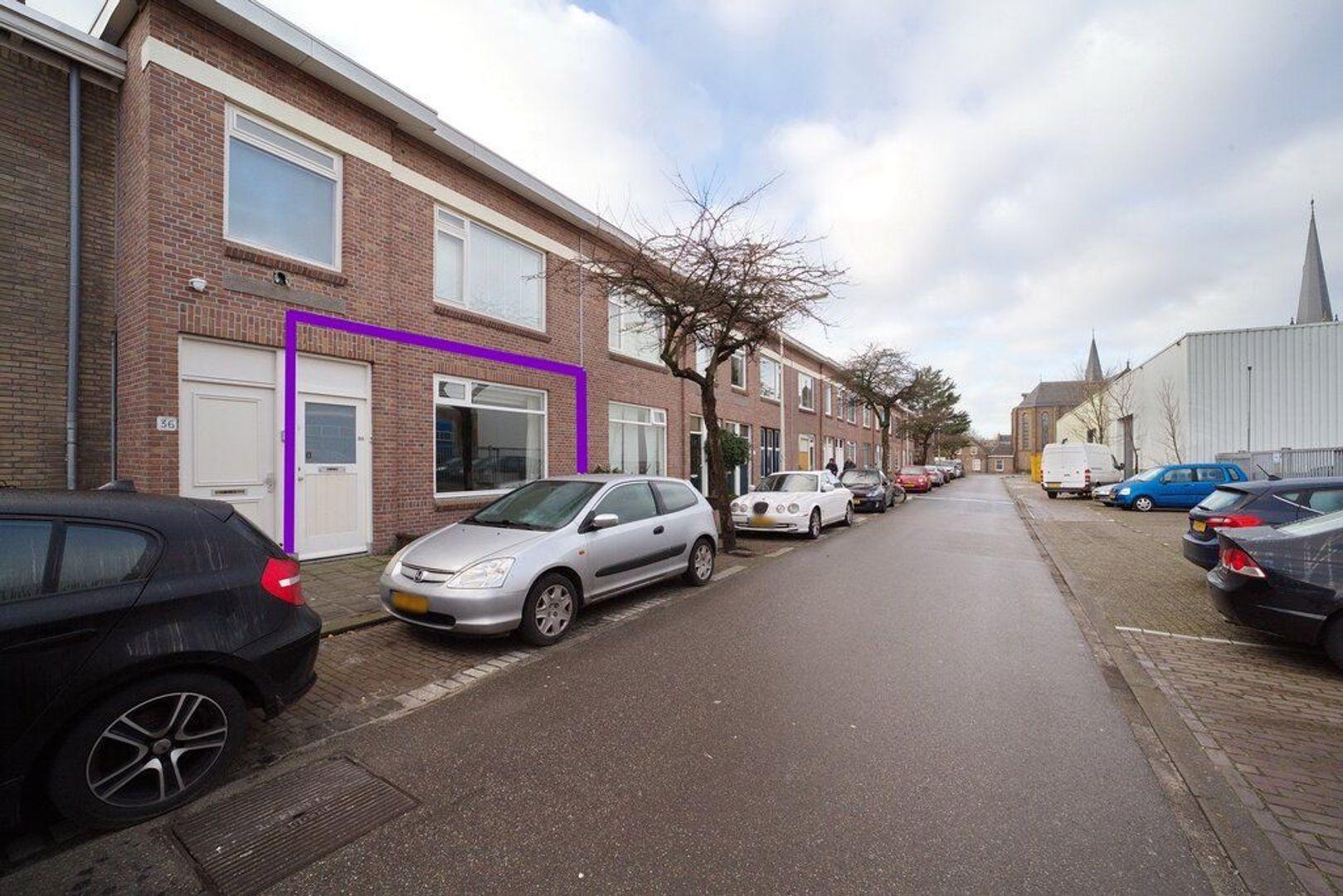 Burgemeester van der Veldestraat 34, Den Haag foto-25 blur