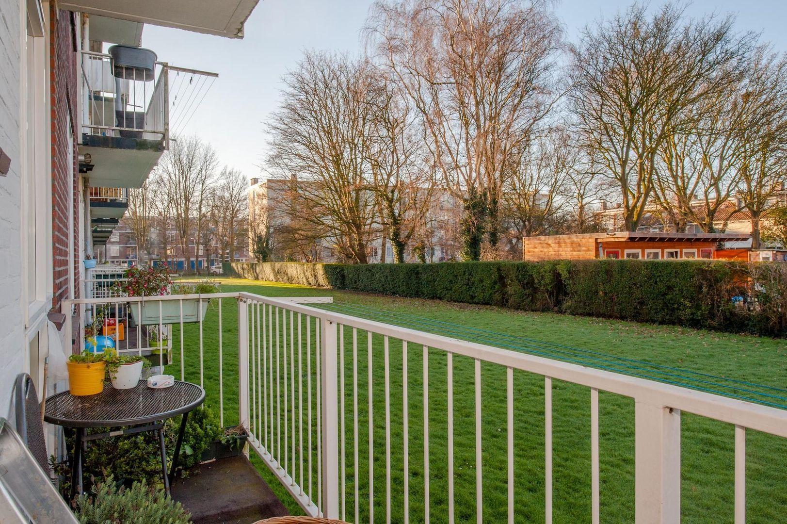 Eduard van Beinumstraat 33, Leiden foto-5 blur