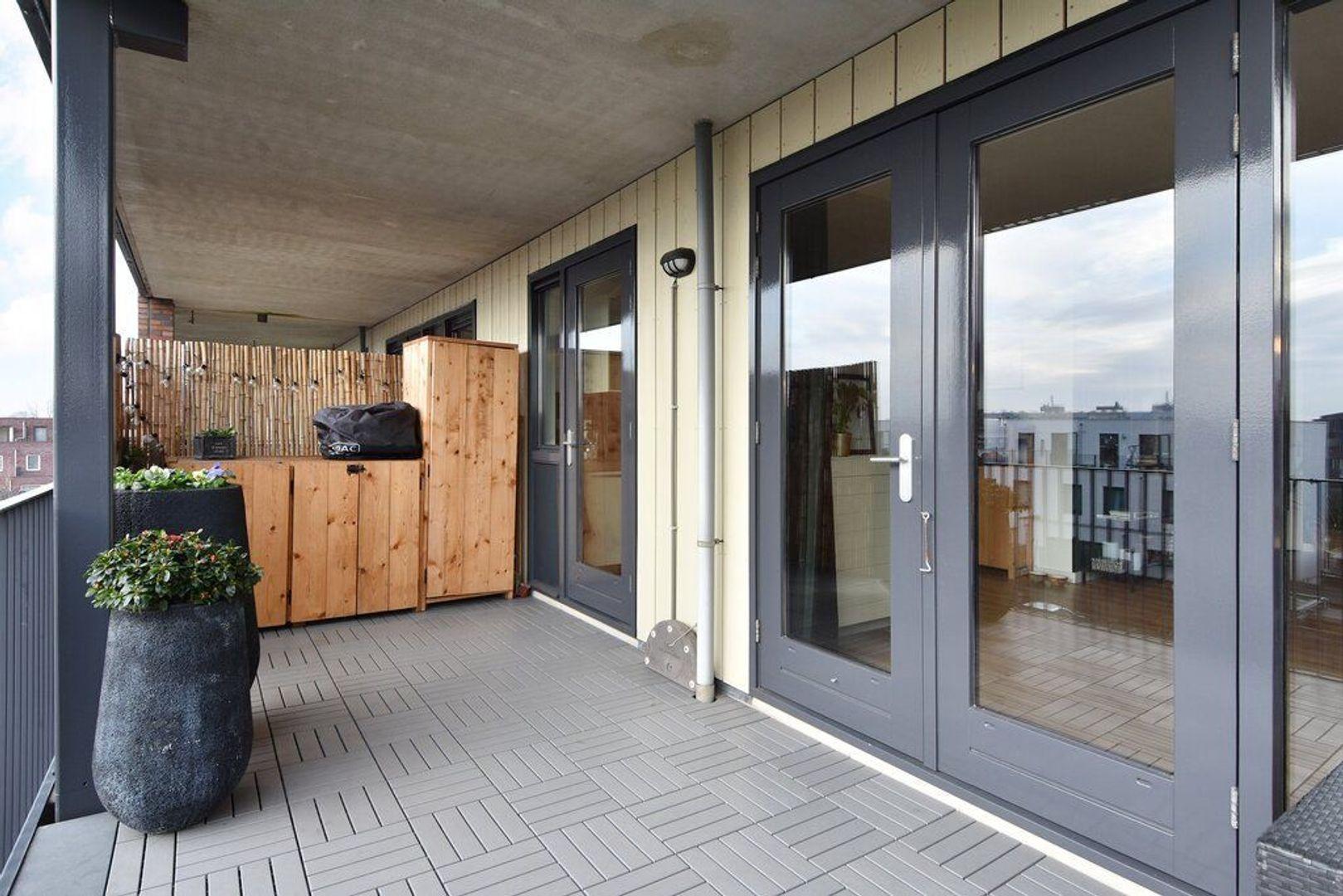 Laan van Wateringse Veld 867, Den Haag foto-11 blur