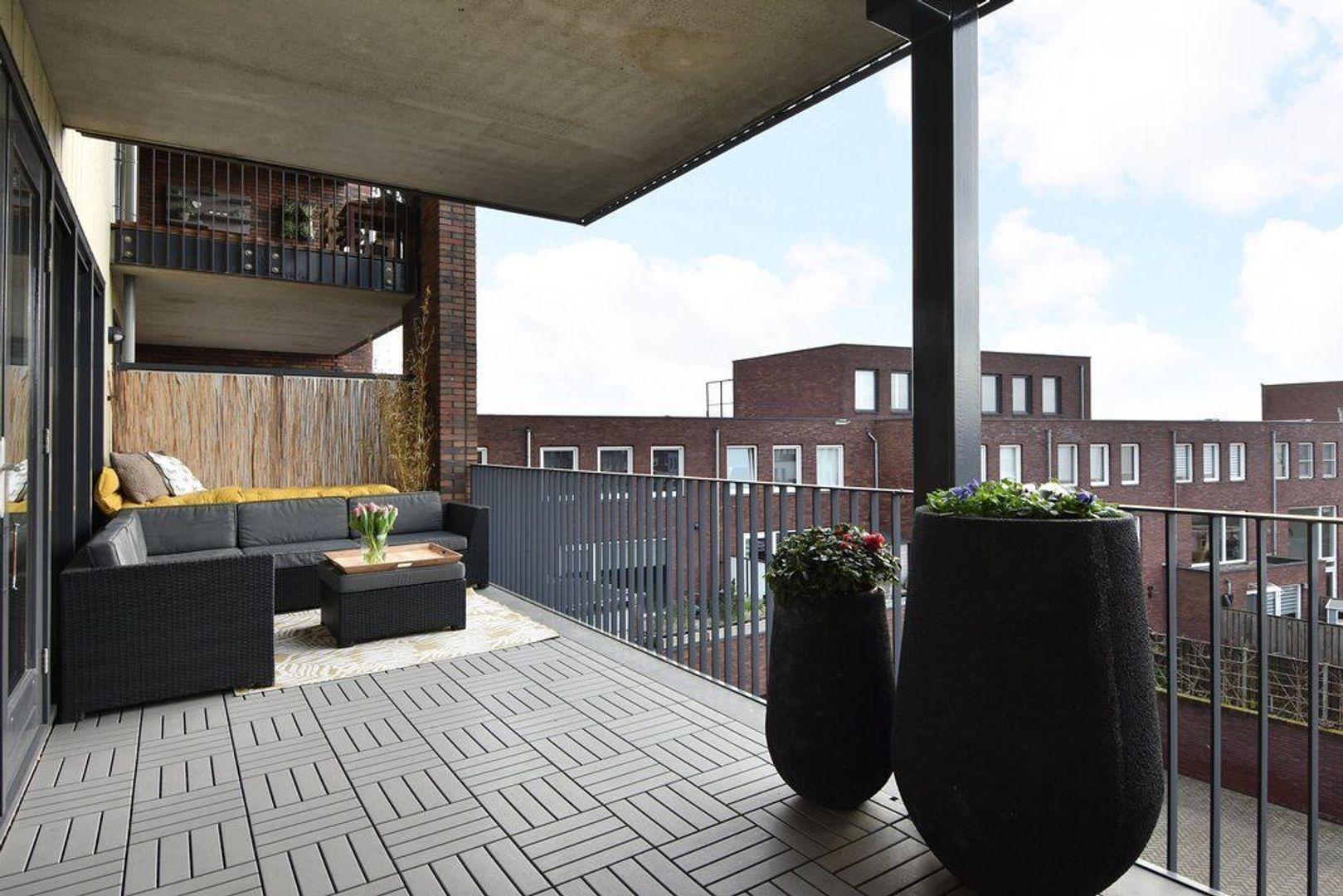 Laan van Wateringse Veld 867, Den Haag foto-8 blur