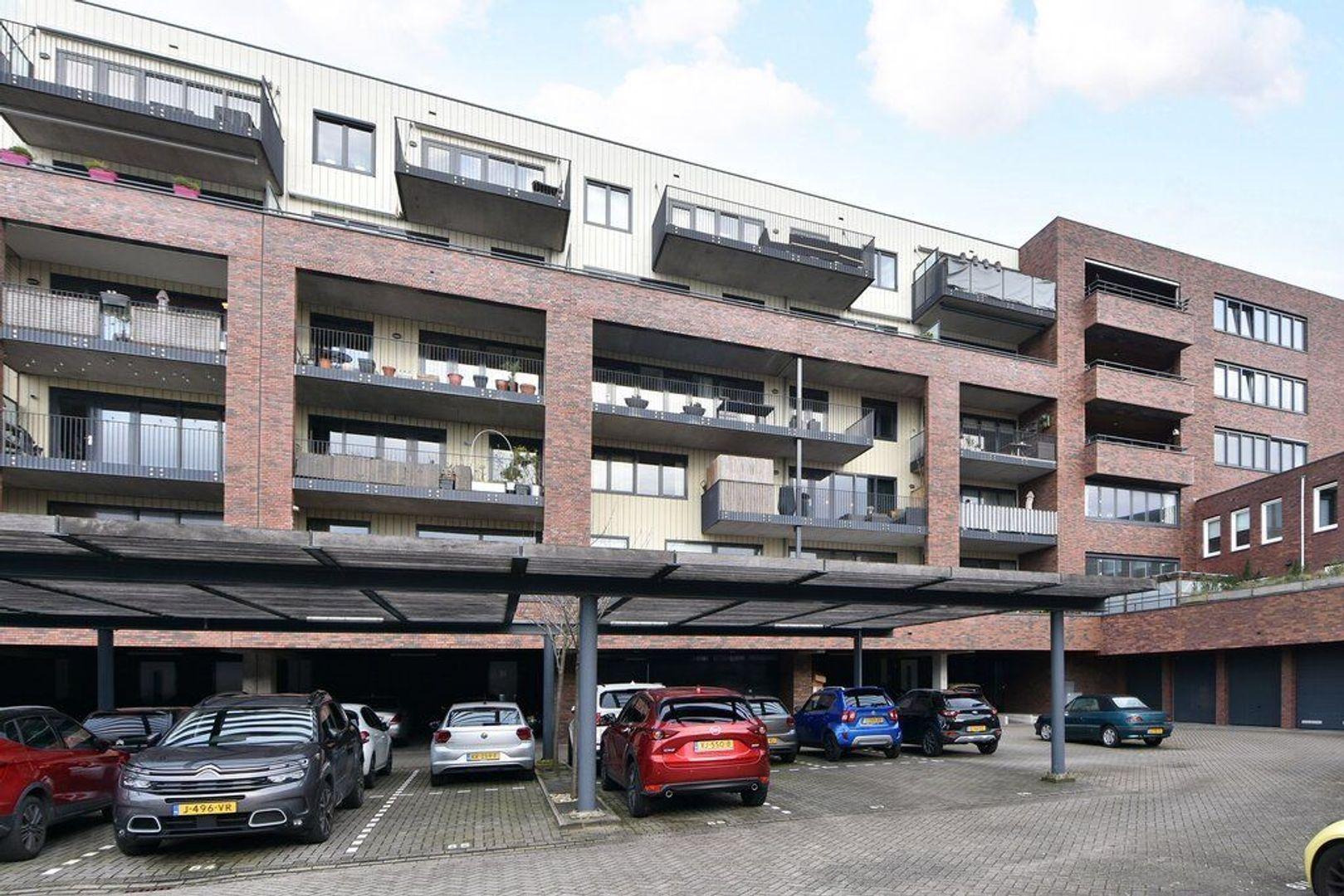 Laan van Wateringse Veld 867, Den Haag foto-24 blur