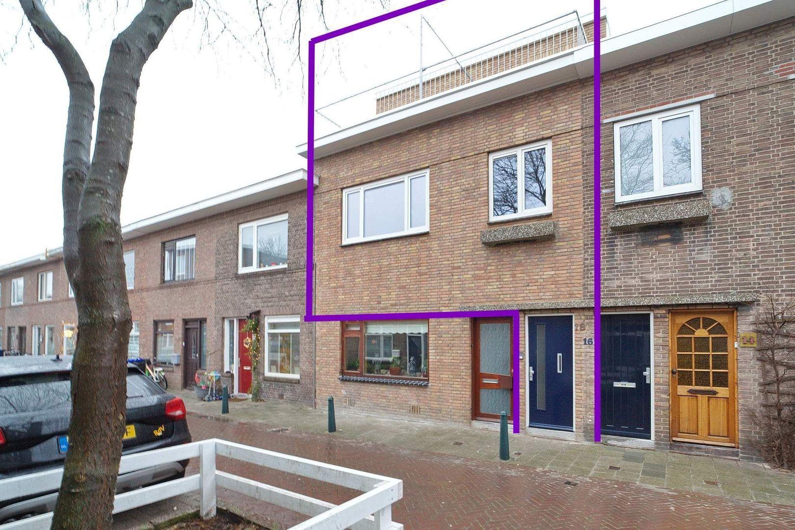 Burgemeester Waldeckstraat 18, Den Haag foto-1 blur