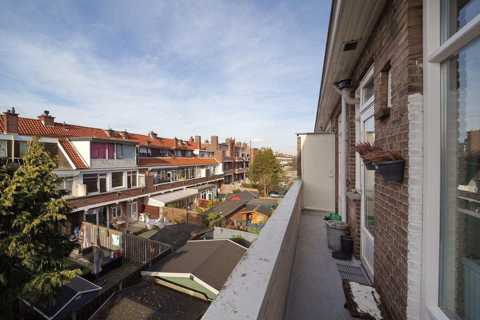 Vreeswijkstraat 331, Den Haag foto-7 blur