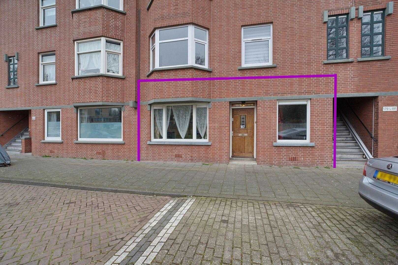 Sinjeur Semeynsweg 187, Den Haag foto-24 blur