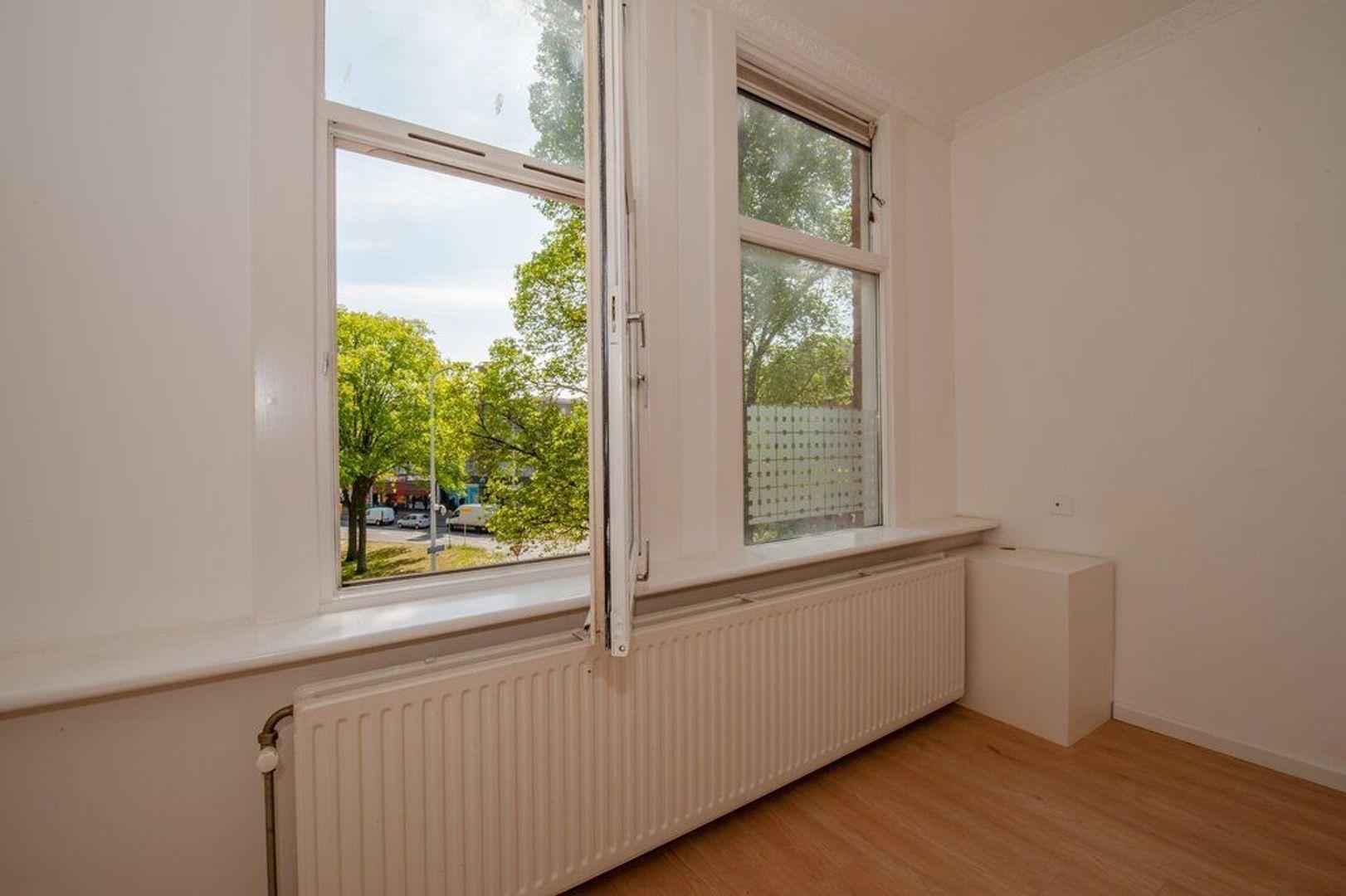 Hobbemaplein 41, Den Haag foto-23 blur