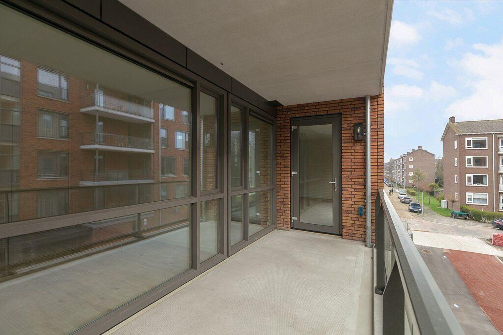 van Vollenhovenlaan 40, Rijswijk foto-23 blur