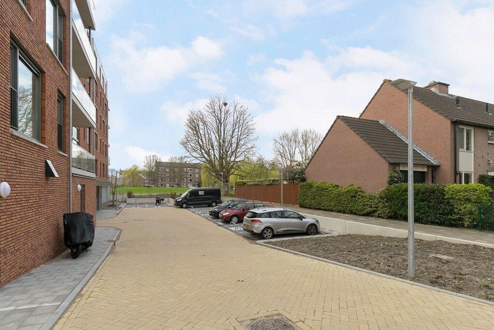 van Vollenhovenlaan 40, Rijswijk foto-25 blur