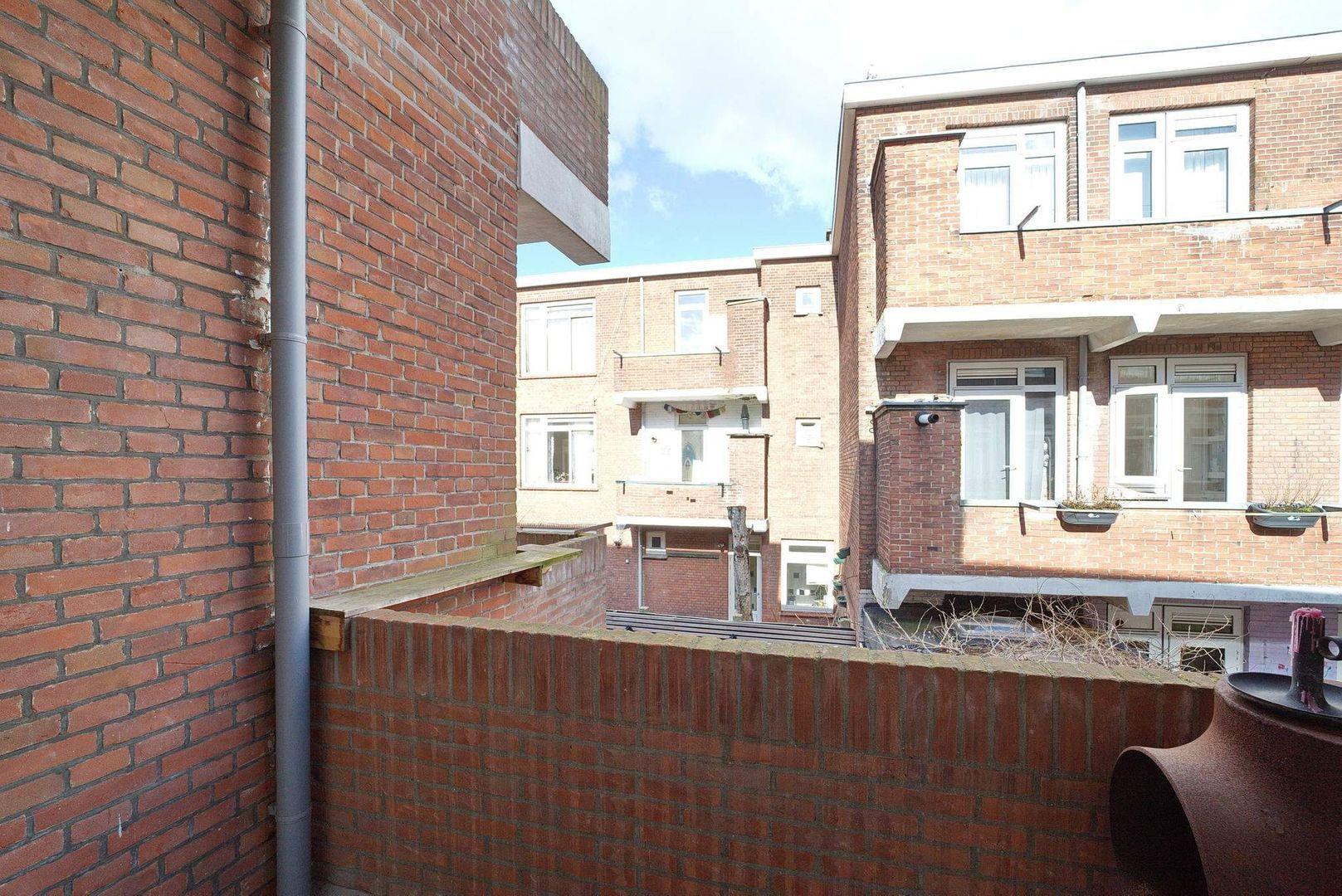 Pieter van den Zandestraat 39, Den Haag foto-12 blur