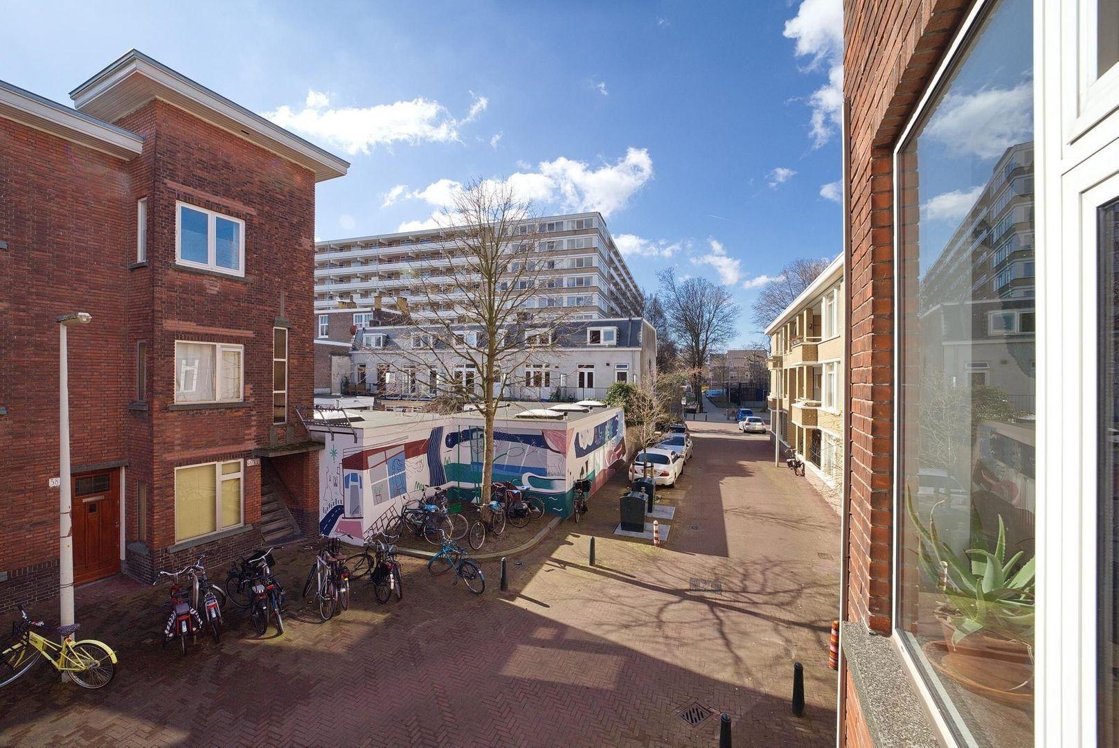 Pieter van den Zandestraat 39, Den Haag foto-23 blur