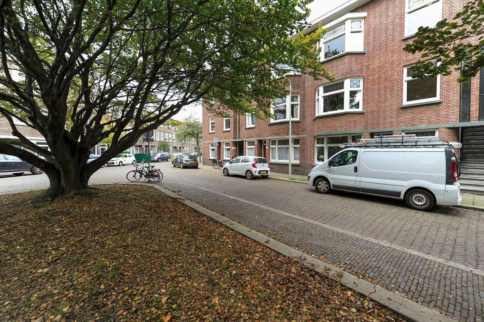 Cornelis van der Lijnstraat 167 -B, Den Haag foto-1 blur