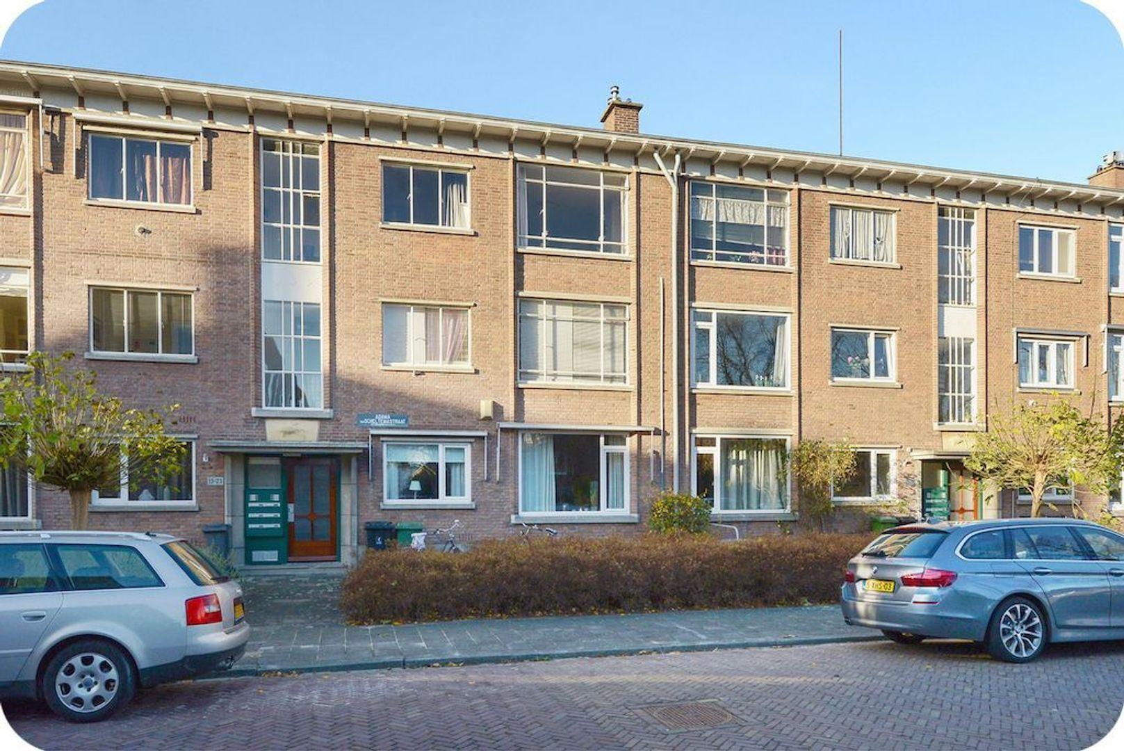 Adama van Scheltemastraat 19, Voorburg foto-0 blur
