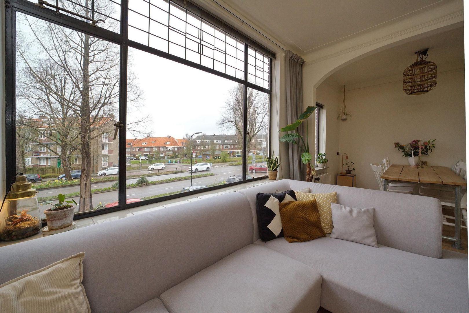 Prins Bernhardlaan 25, Voorburg foto-10 blur