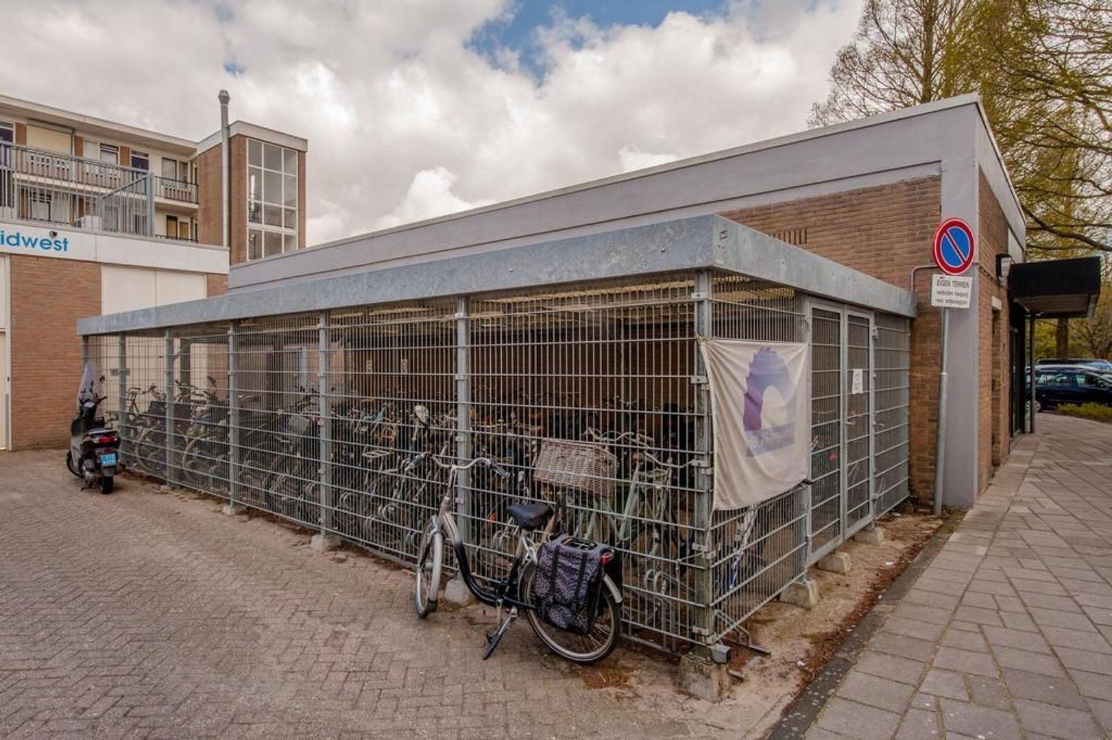 Kennedylaan 75, Leiden foto-34 blur