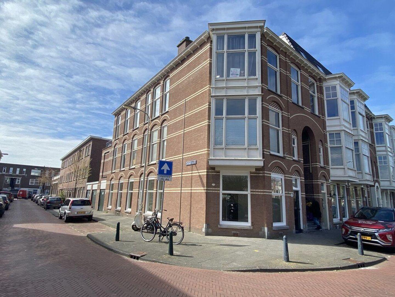 Valkenboskade 28, Den Haag foto-1 blur