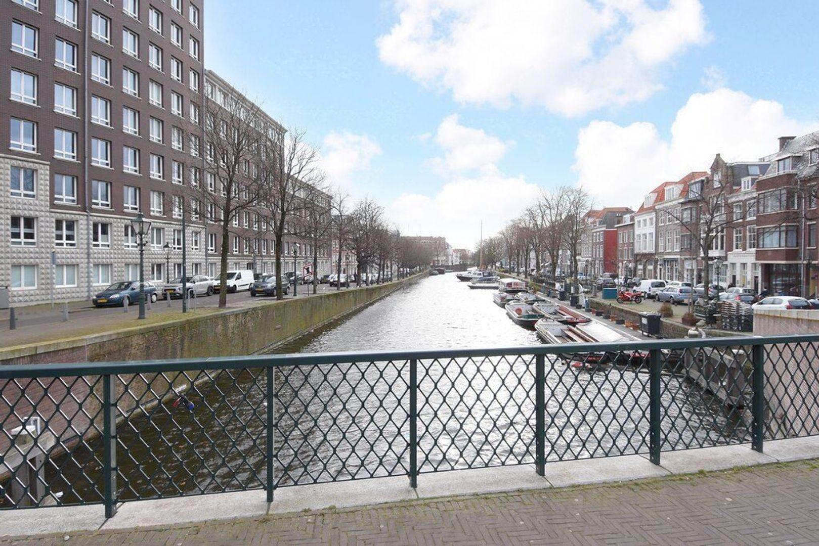 Zieken 179, Den Haag foto-55 blur
