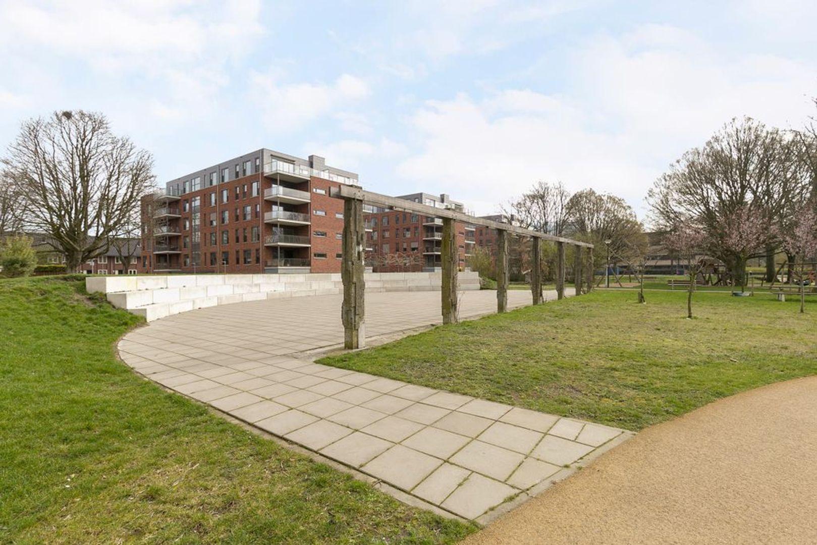 van Vollenhovenlaan 28, Rijswijk foto-21 blur