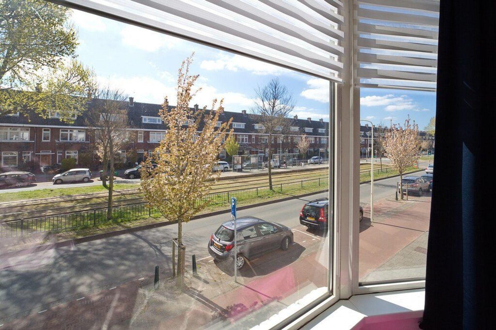 Laan van Meerdervoort 721, Den Haag foto-25 blur