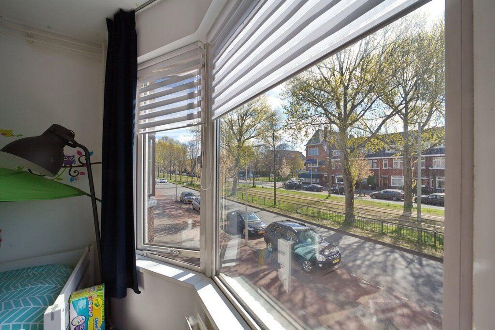 Laan van Meerdervoort 721, Den Haag foto-24 blur