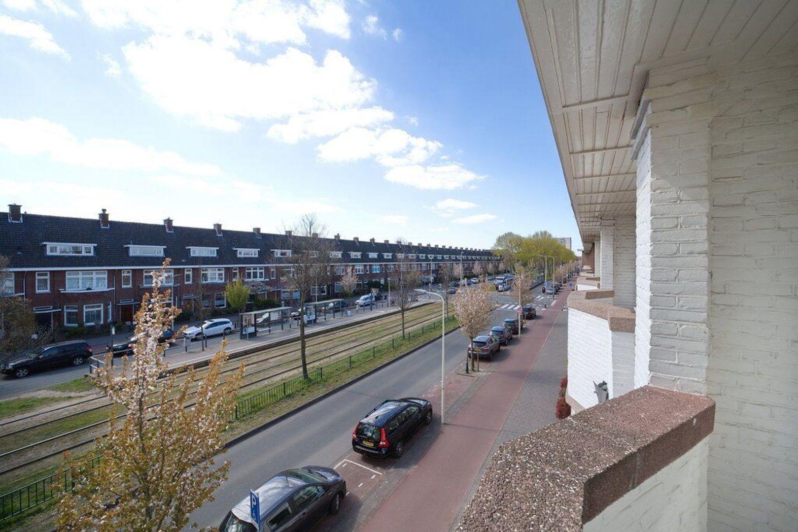 Laan van Meerdervoort 721, Den Haag foto-47 blur