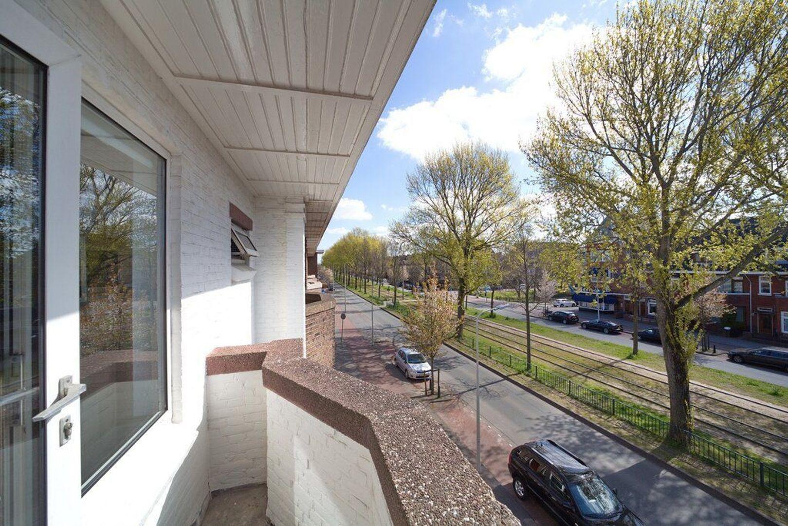 Laan van Meerdervoort 721, Den Haag foto-48 blur