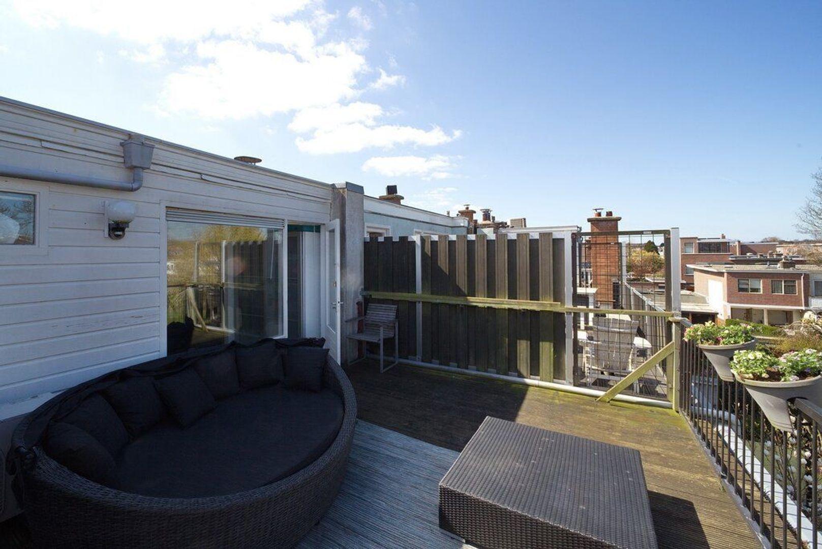 Laan van Meerdervoort 721, Den Haag foto-41 blur