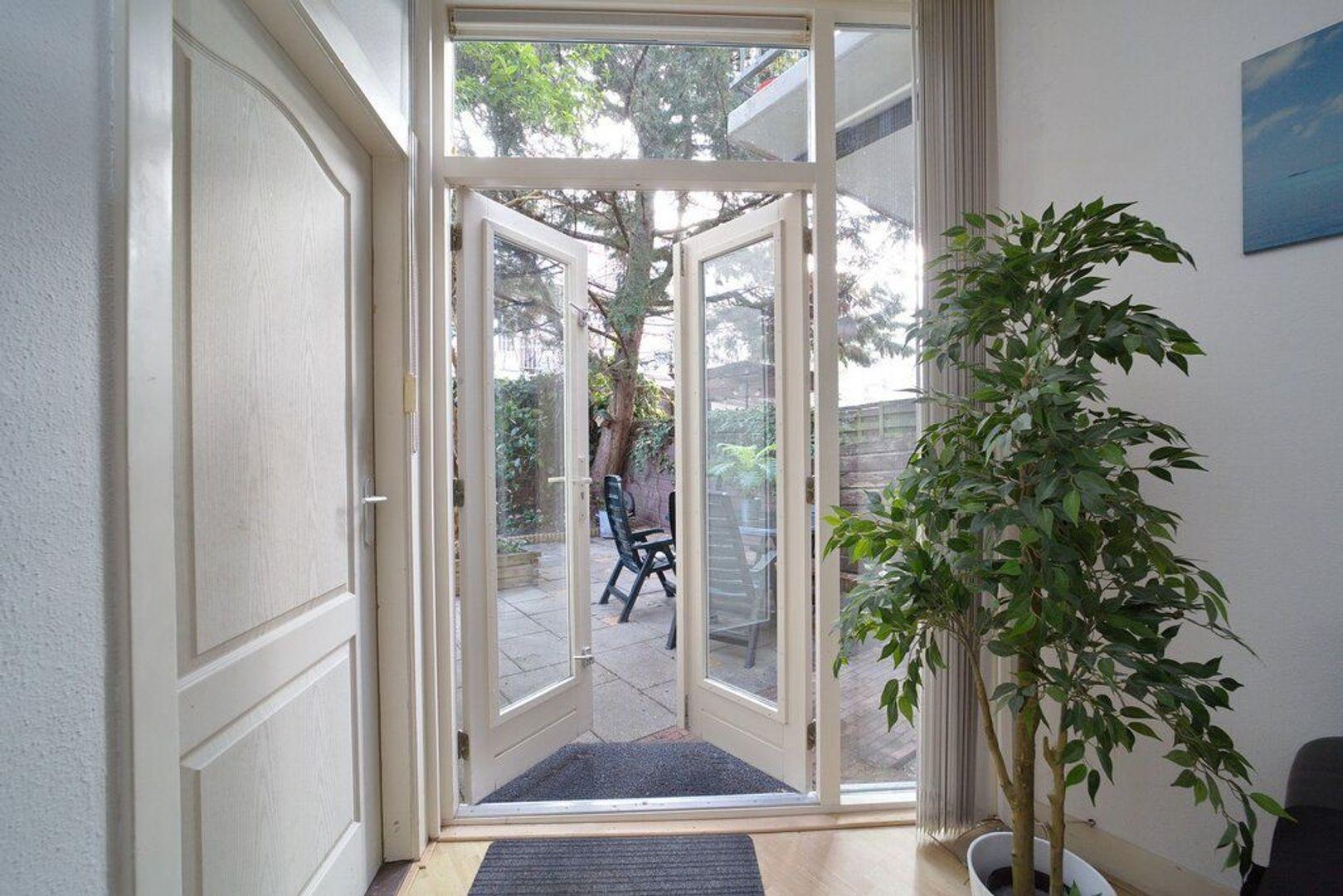 Pasteurstraat 234, Den Haag foto-6 blur