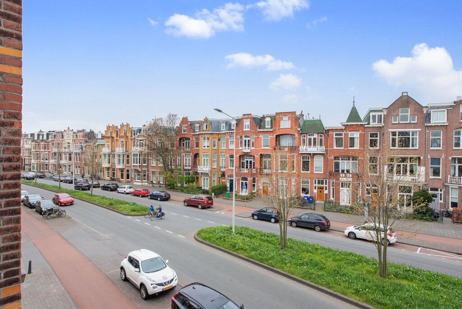 Groot Hertoginnelaan 224, Den Haag foto-1 blur