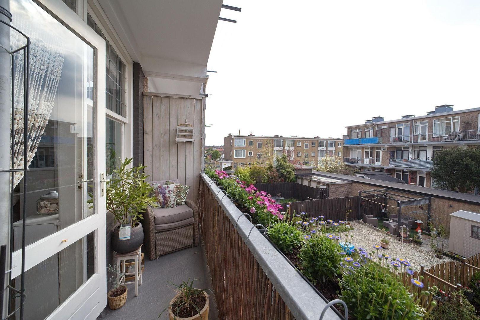 Veenendaalkade 276, Den Haag foto-14 blur