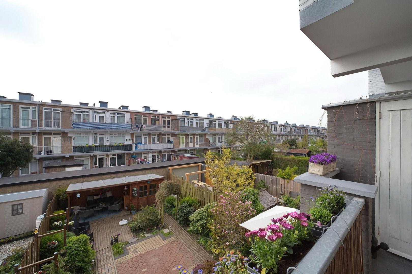 Veenendaalkade 276, Den Haag foto-15 blur