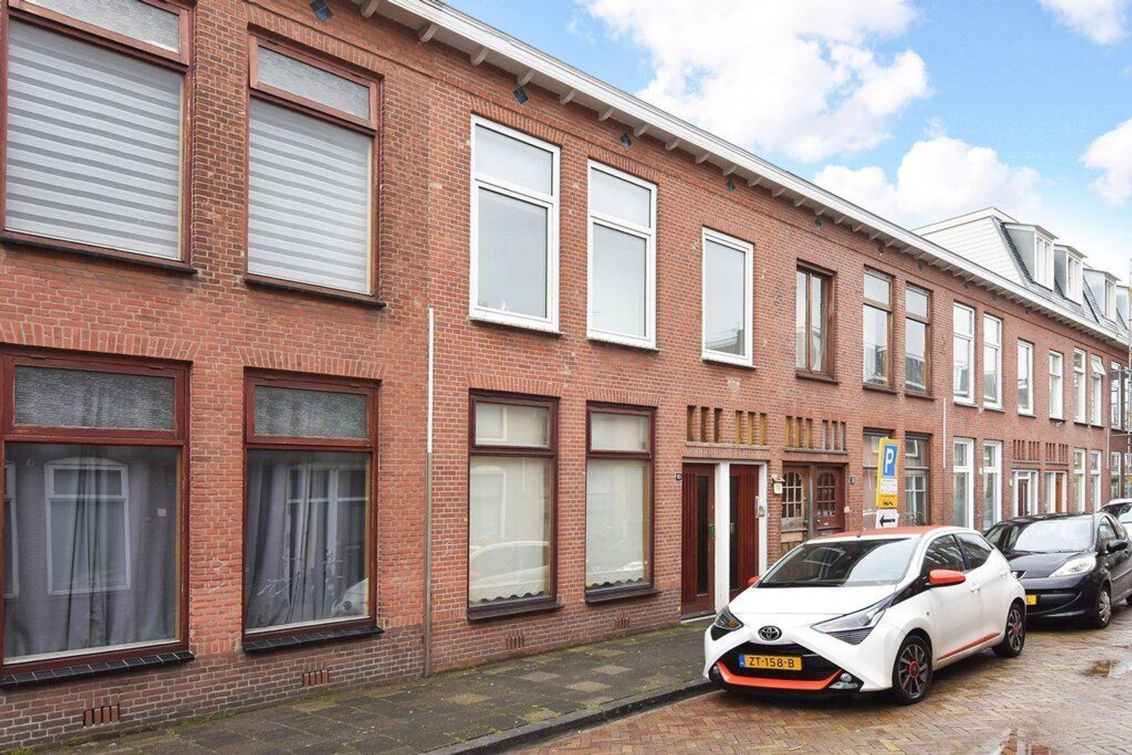 Kenaustraat 12, Den Haag foto-0 blur