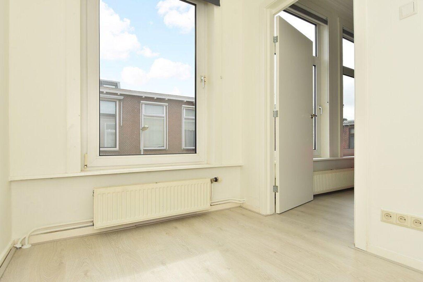 Kenaustraat 12, Den Haag foto-16 blur
